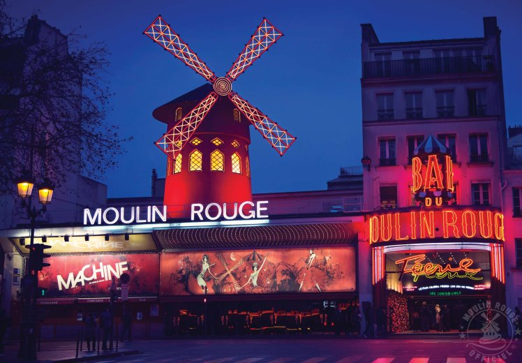 Moulin Rouge (© Francis TheBlueRoom)